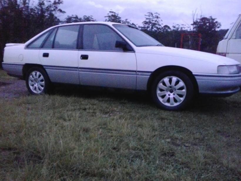 1989 Holden CALAIS