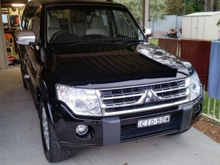 2011 Mitsubishi PAJERO EXCEED LWB (4x4)
