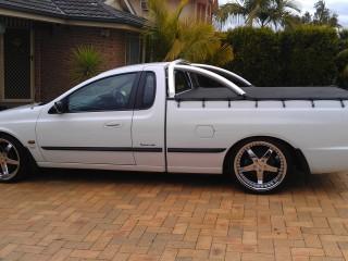 2001 Ford AU