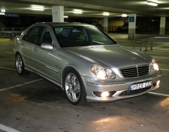 2002 mercedes benz c32 amg benz220s shannons club. Black Bedroom Furniture Sets. Home Design Ideas