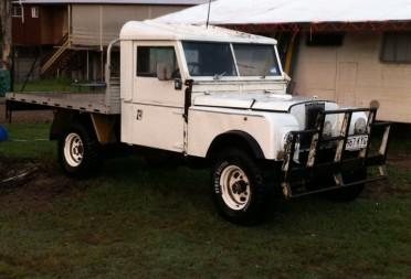 1950 land rover series 1 simon75torana shannons club for Garage land rover villeneuve d ascq