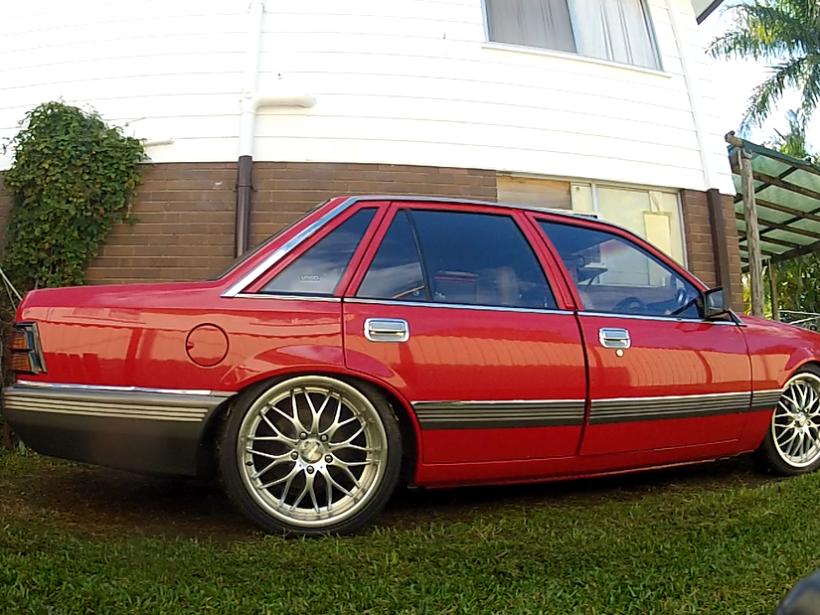 1984 Holden COMMODORE SL 5.OL