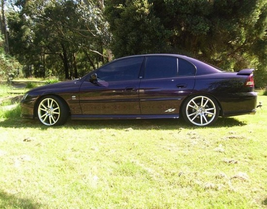 2004 Holden COMMODORE SS - Sk1tz - Shannons Club