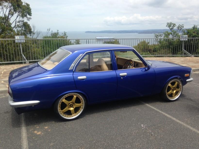 1976 Mazda CAPELLA SUPER DELUXE