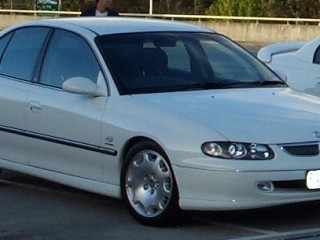 2000 Holden BERLINA