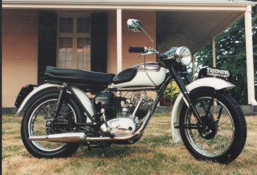 1957 Triumph Tiger Cub http://www.shannons.com.au/club/enthusiasts/Spence/garage/1957-triumph-tiger-cub/