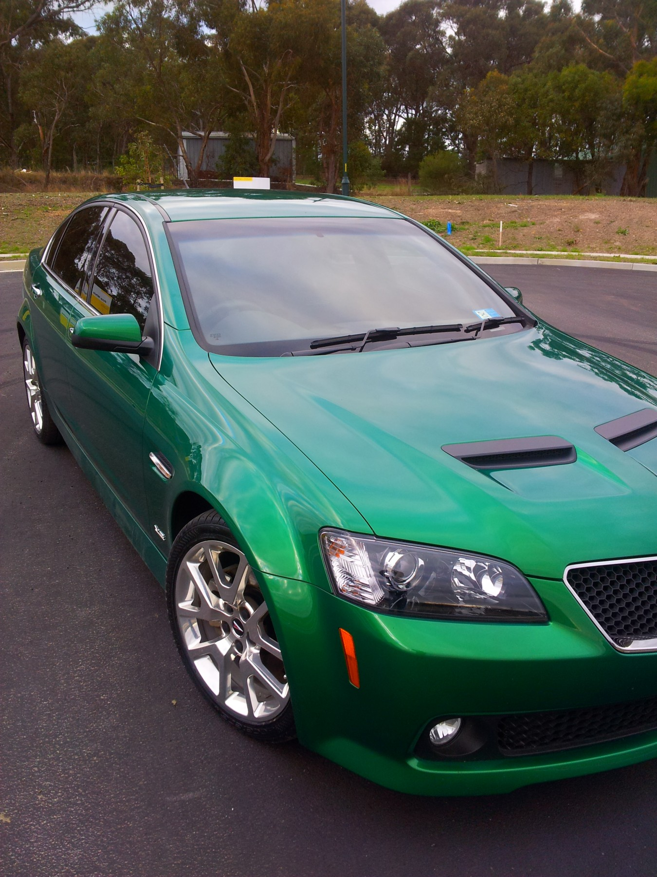 2010 Holden Commodore SS V-Series Special Edition - hazpop - Shannons Club