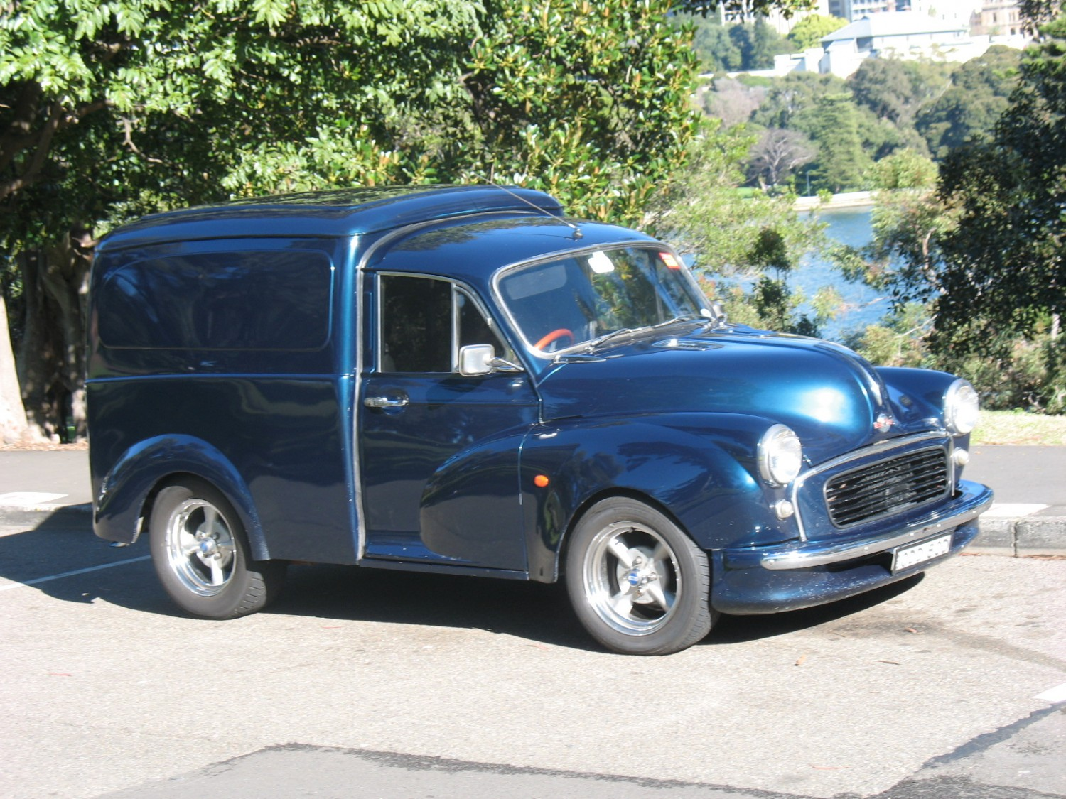 1957 Morris Minor - Oddbod