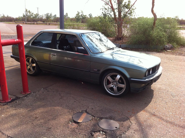 1985 BMW E30 323i