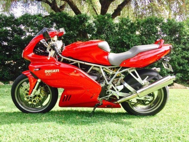 2001 Ducati 900SS