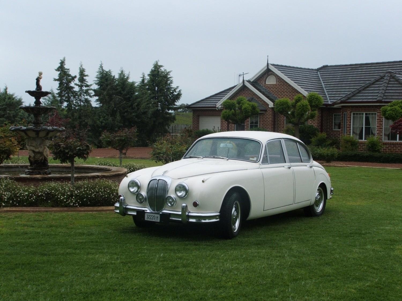 1966 Daimler 250