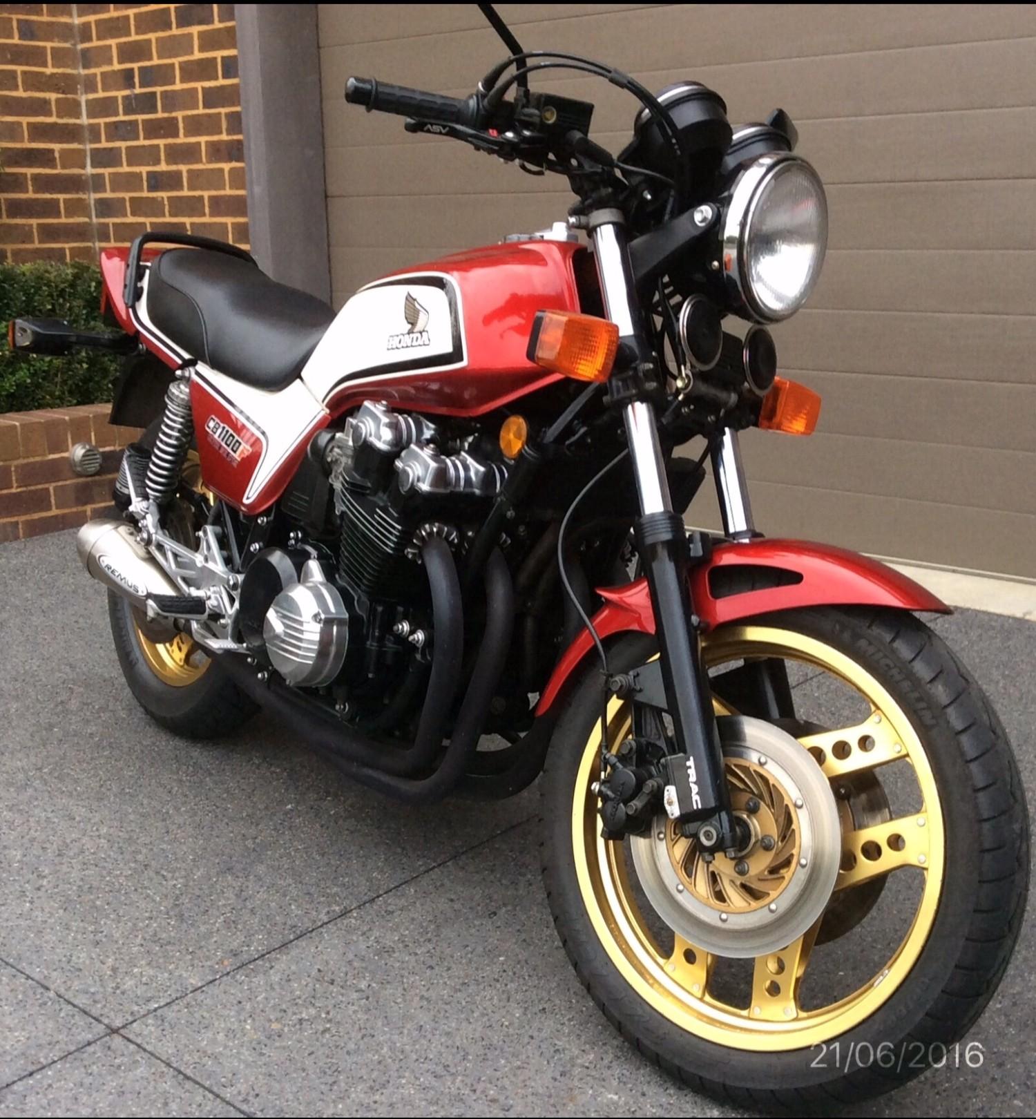 1983 Honda 1062cc CB1100FD Super Bol D'or