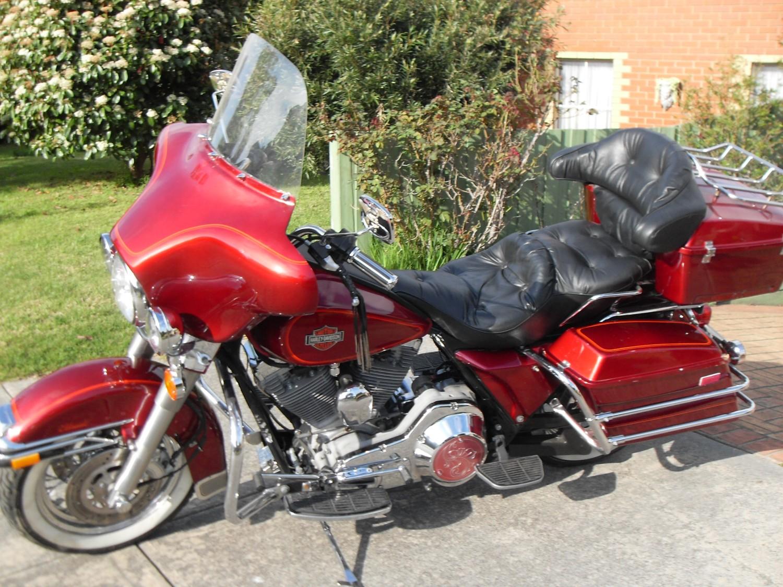 1987 Harley-Davidson FLHTC - Chaps - Shannons Club