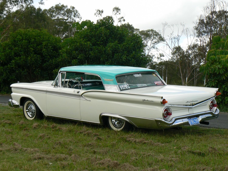1959 Ford Fairlane 500 galaxie - Krakka - Shannons Club