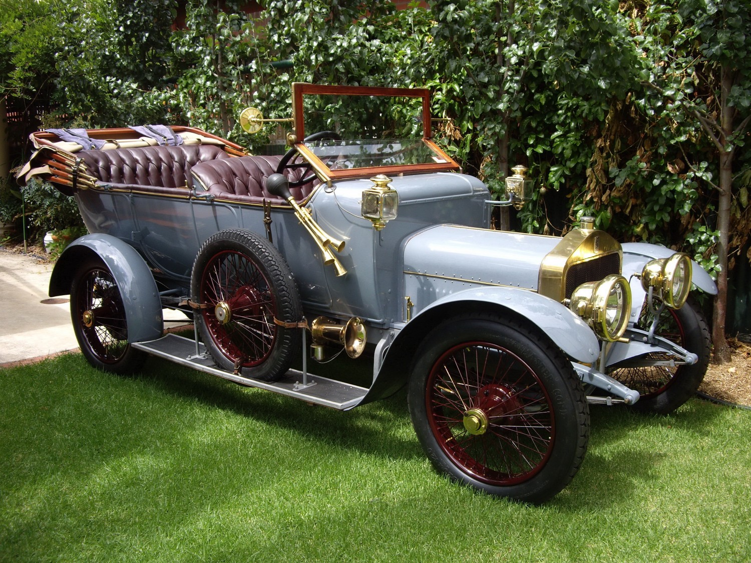 1913 Straker-Squire 15HP