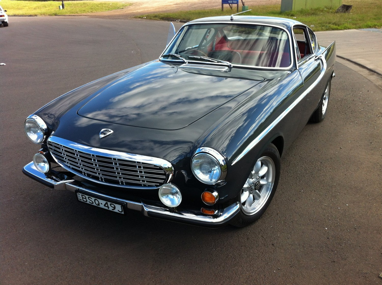 1966 volvo p1800 39 s 39 show shine shannons club. Black Bedroom Furniture Sets. Home Design Ideas
