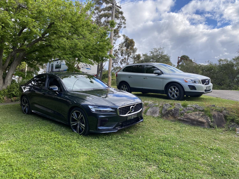 2019 Volvo S60 T8 R Design