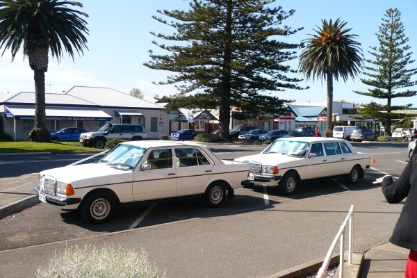 1978 mercedes benz 300d lang motor memories competition for Motor vehicle open on saturday