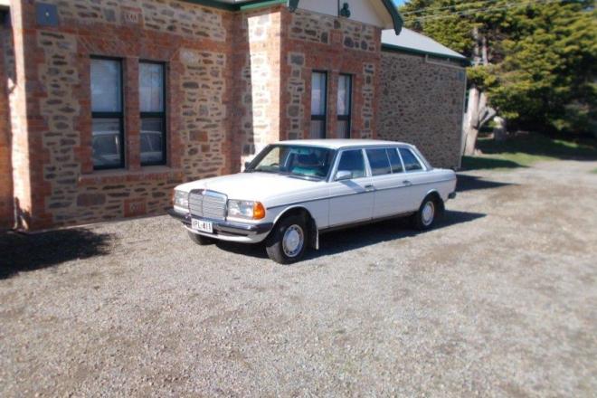1978 Mercedes-Benz 300D LANG