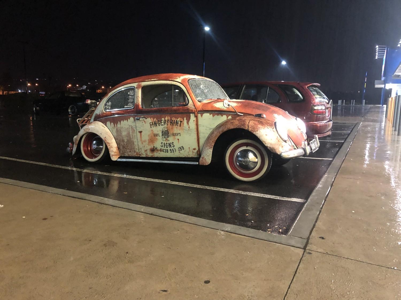 1961 Volkswagen 1300 (BEETLE)