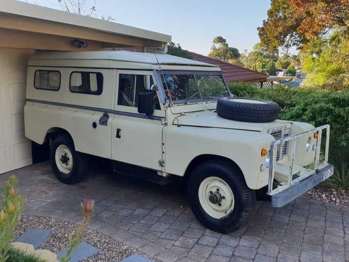 1972 Land Rover Series 2a