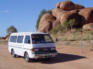 1992 Mazda E2000 LWB Windowed Van