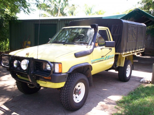 1985 toyota hilux 4x4 appleby shannons club. Black Bedroom Furniture Sets. Home Design Ideas