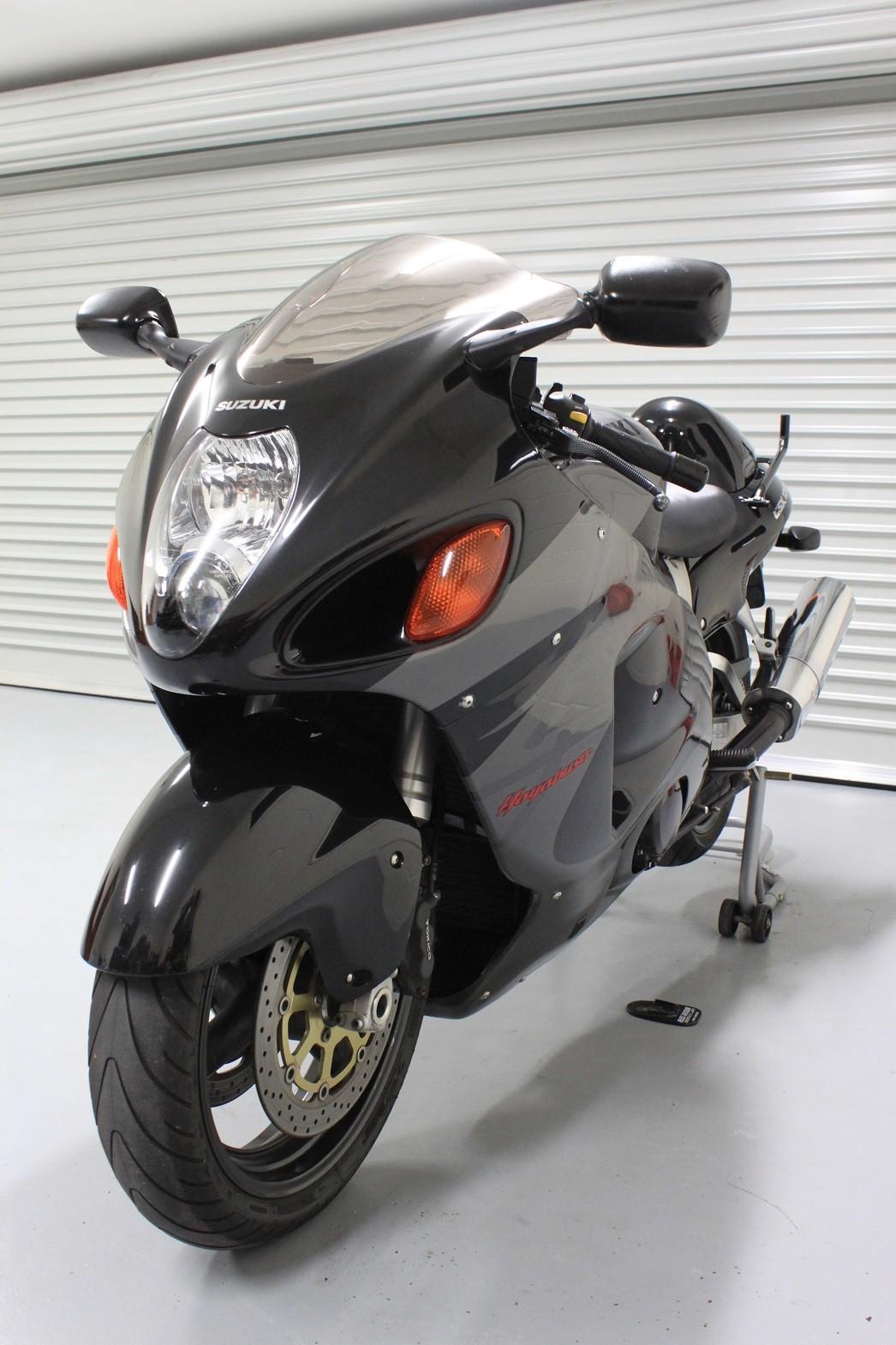 2000 Suzuki 1298cc GSX1300R (HAYABUSA)