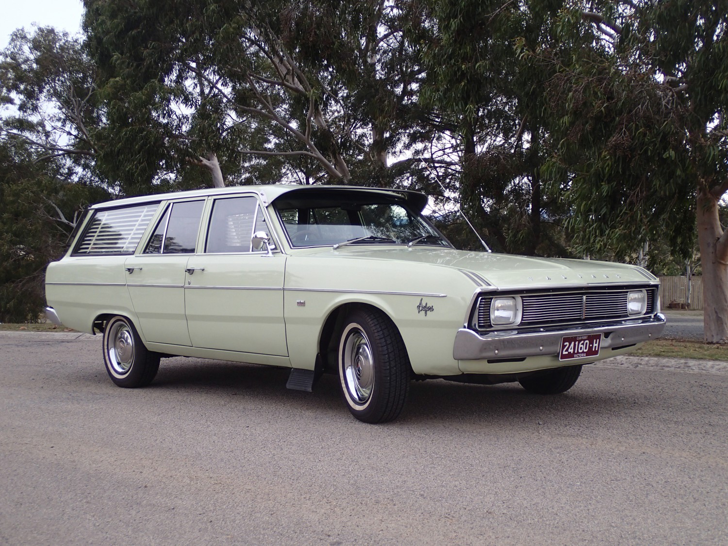 1971 Chrysler VALIANT SAFARI