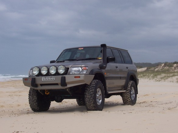 1998 nissan patrol st 4x4 lobby shannons club. Black Bedroom Furniture Sets. Home Design Ideas