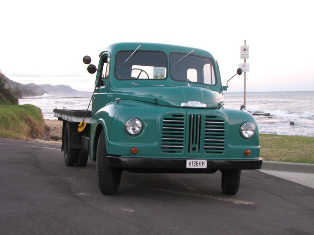 1952 Austin Loadstar