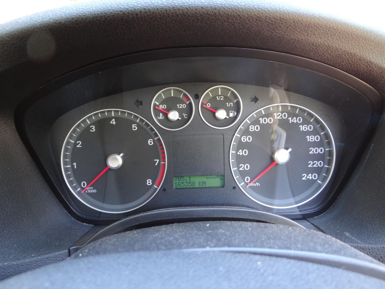2005 Ford FOCUS LX