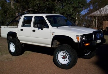 Home Garage Car Lift >> 1991 Toyota Hilux - Amarok - Shannons Club