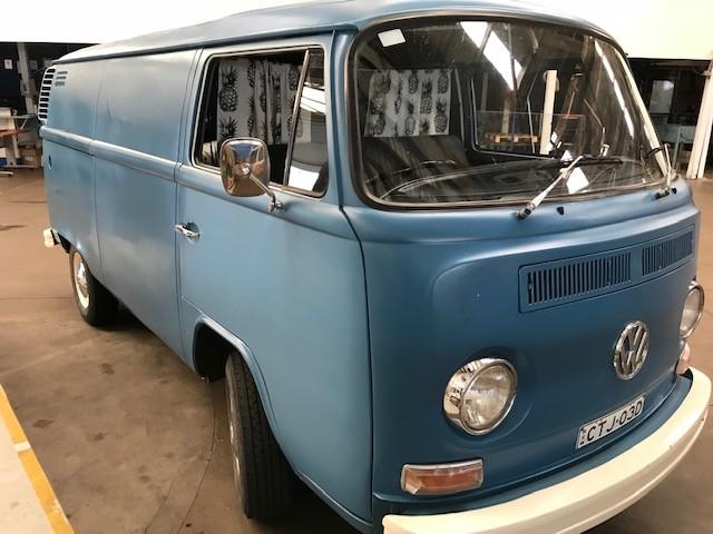 1973 VW KOMBI PANELVAN