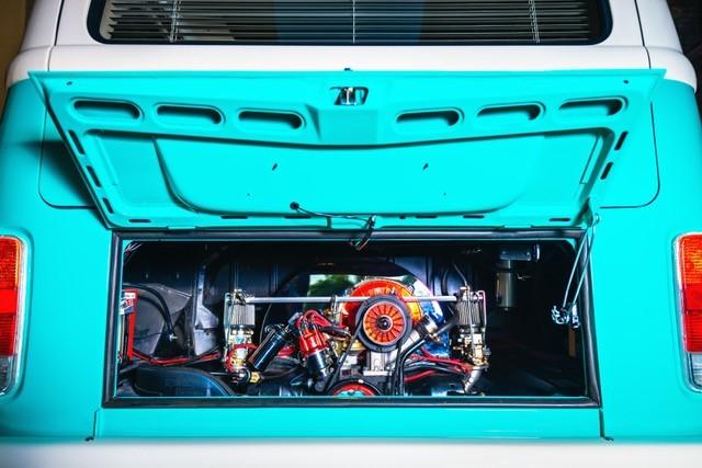 1974 Volkswagen T2 Kombi