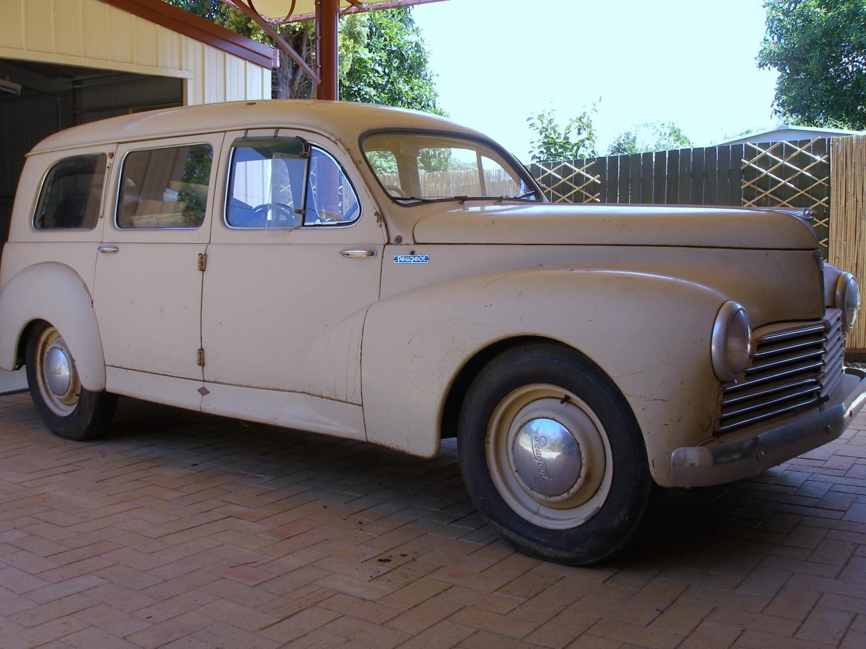 1954 Peugeot 203 Limousine Commerciale