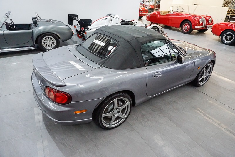 2004 Mazda MX-5 COUPE SPECIAL EDITION