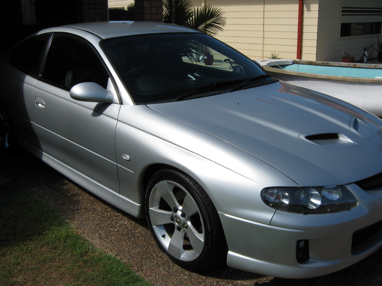 2004 Holden MONARO VZ