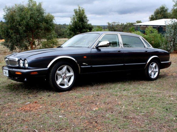 1998 Jaguar LWB X308 Sovereign - jagtragic - Shannons Club
