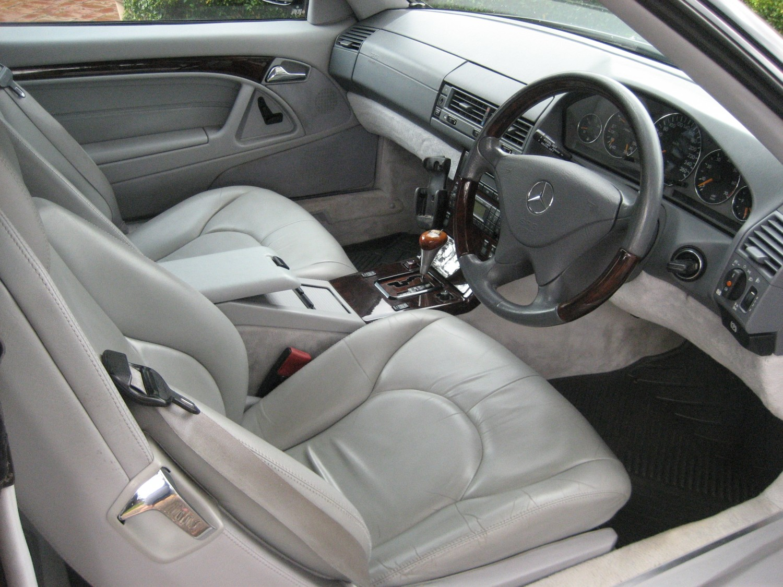 2000 Mercedes-Benz SL 320 AMG