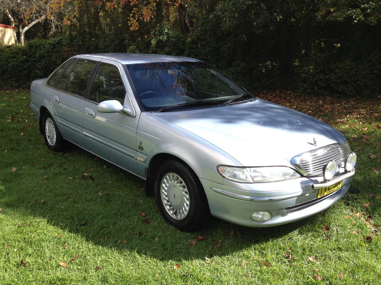 1995 Ford Fairlane Ghia