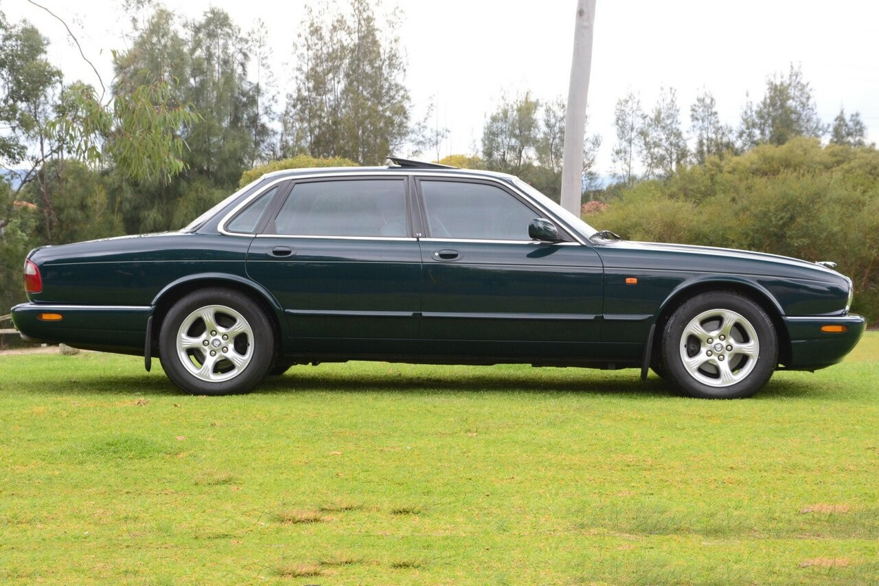 1998 Jaguar XJ8 X308 - MichaelKing - Shannons Club