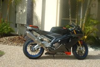 2006 Aprilia RSV1000R