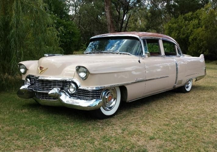 1954 Cadillac 60 Series Fleetwood