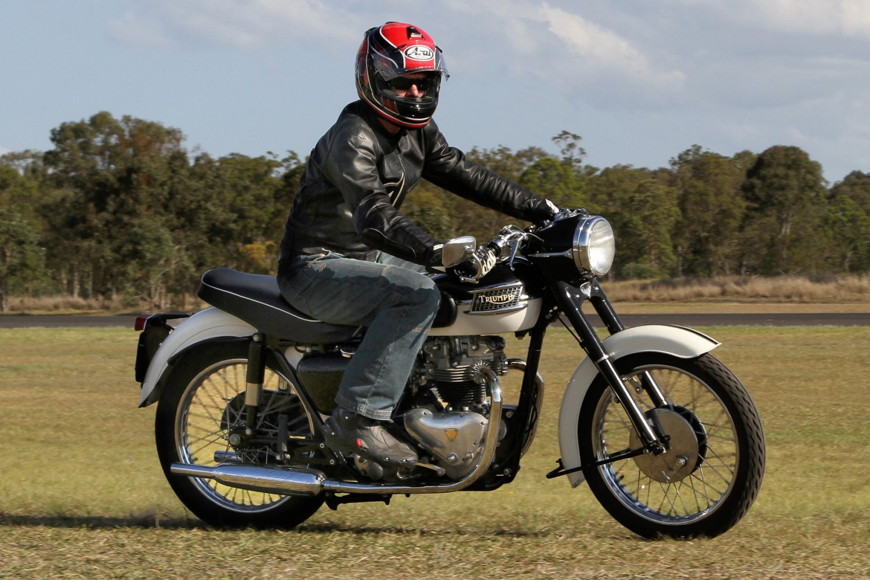 1959 Triumph T110