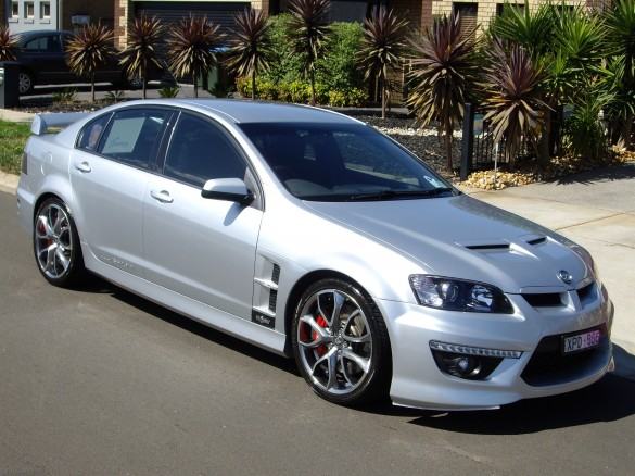 2010 Holden Special Vehicles E2 CLUBSPORT R8 - adrian01 ...  2010 Holden Spe...