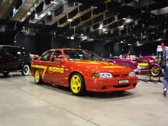 1991 ford xr8 prototype effect001 shannons club for Garage ford romans