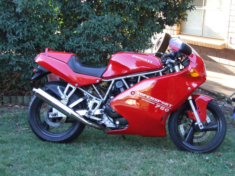 1993 Ducati supersport