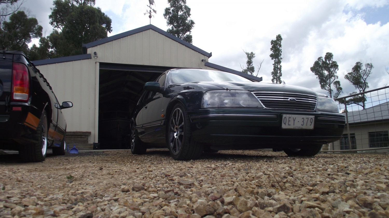2000 Ford fairlane
