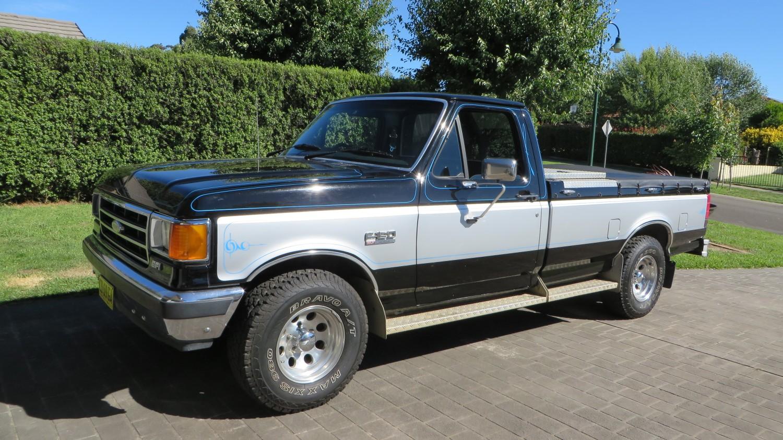 1990 Ford F150 XLT